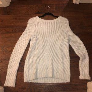 cozy sweater !!